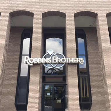 Robbins Brothers wedding vendor preview