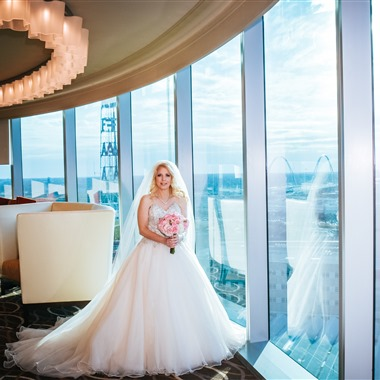 JENNY WELTER PHOTOGRAPHY wedding vendor preview
