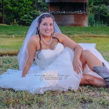 Angie Kay Photo wedding vendor preview