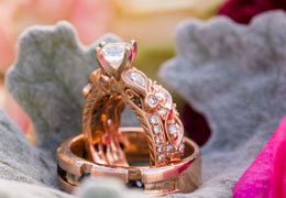 wedding rings and jewelry photo