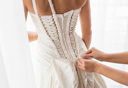 wedding dresses and accessories preview